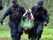 Thumb_4258610-zasah-policie-v-sumavskem-hvozdu