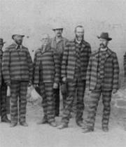Thumb_prisoners
