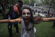 Thumb_zombie_194036