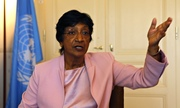 Thumb_navi-pillay-011