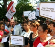 Thumb_174333864-journalists-holding-placards-reading-ataturks-agency.jpg.crop.thumbnail-small