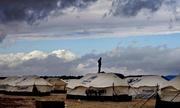 Thumb_inside-a-refugee-camp-in--009