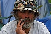 Thumb_250px-brian_haw_sits_quietly
